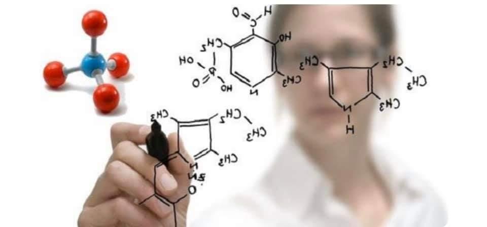 Oxidante/Água oxigenada/Ox ou peróxido de hidrogênio!