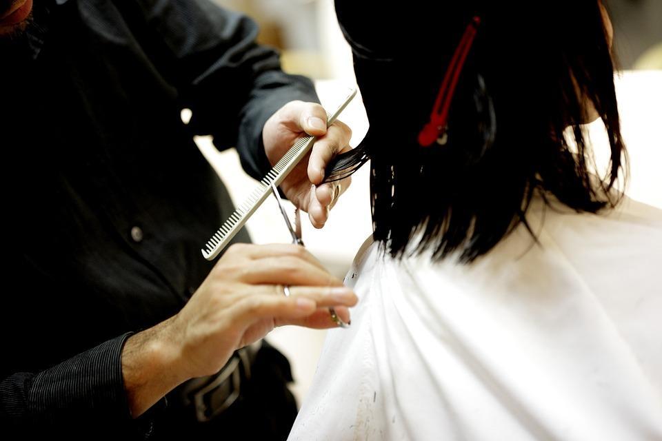 Como se adequar a fisionomia e os penteados?