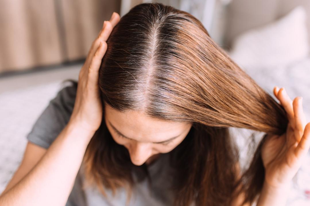 Cobrir cabelos brancos, qual a melhor técnica?