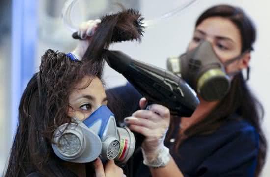 Escova progressiva - Formol causa queda de cabelo?