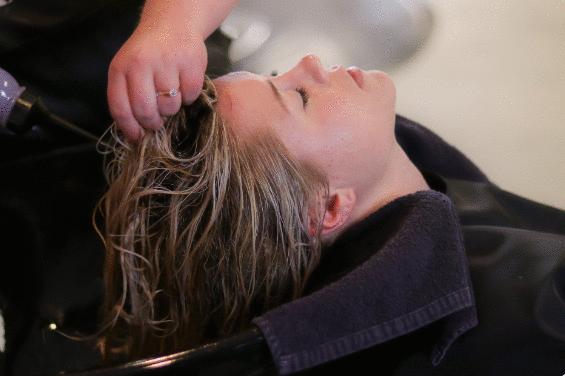 O que é permitido aplicar no cabelo?