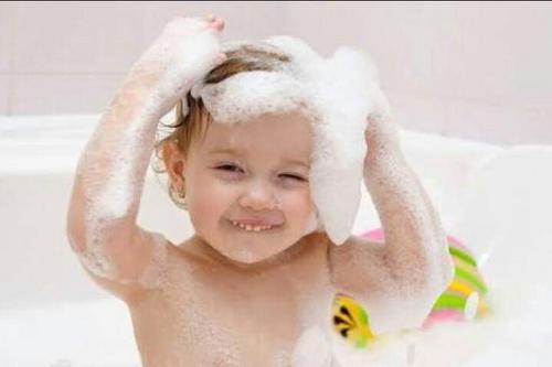 Shampoo para bebê é bom para adultos?