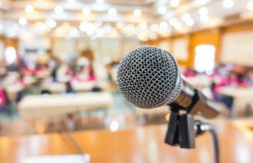 Característica de oratória que um educador precisa ter