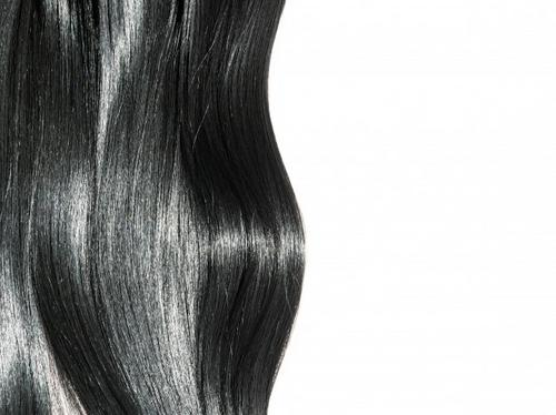Coloração preta. Veja porque é difícil de ser removida!